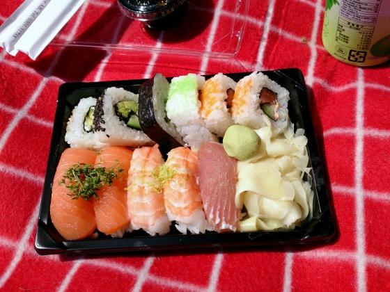 Sushi i parken